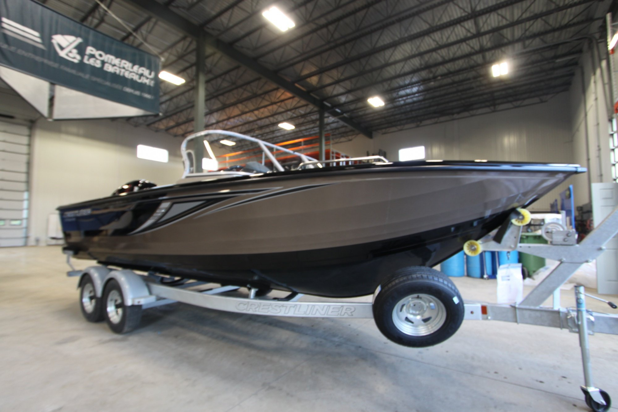 Crestliner Sportfish 2150 SST - IMG_3600