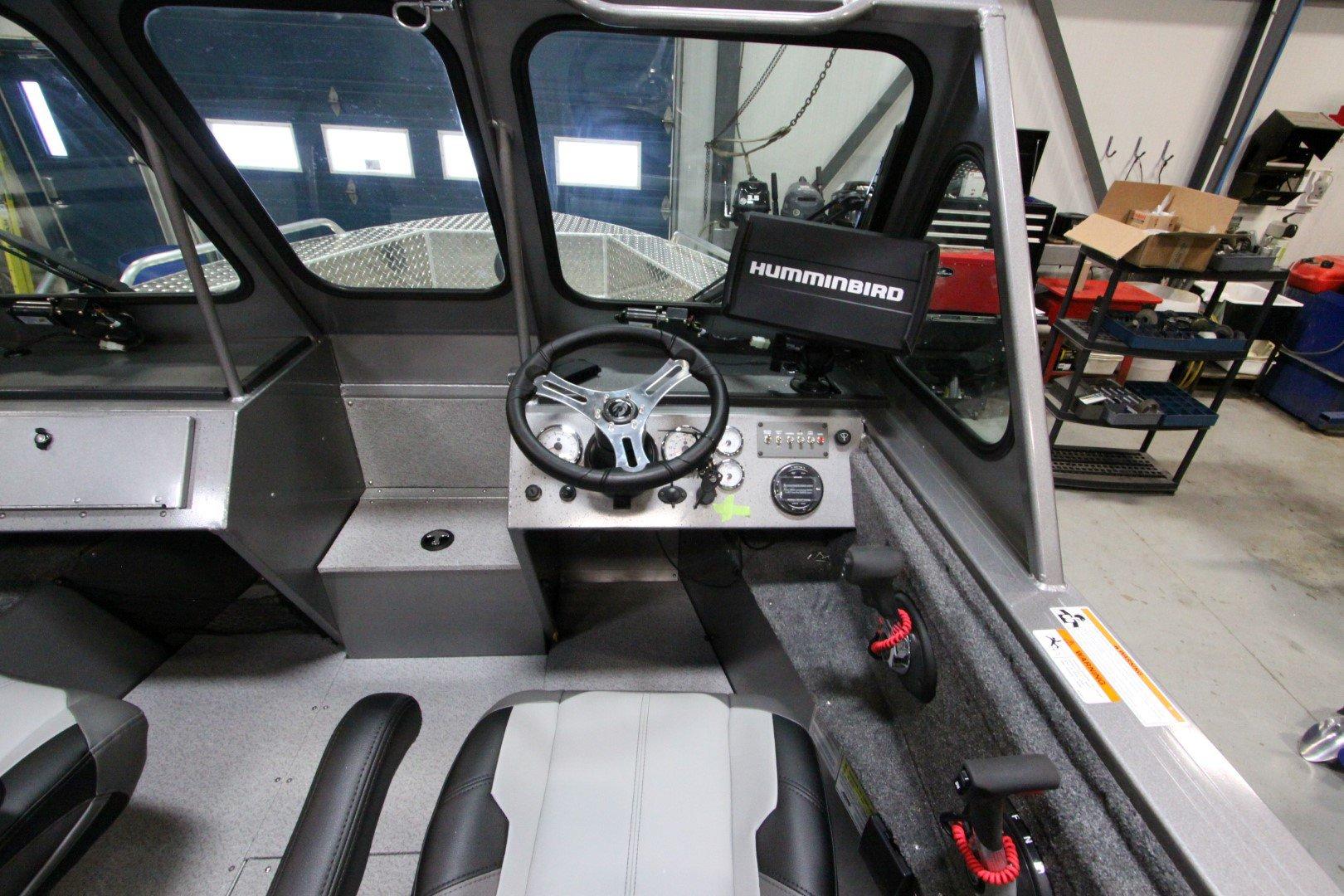 Crestliner Commander 2050 Elite - IMG_9505