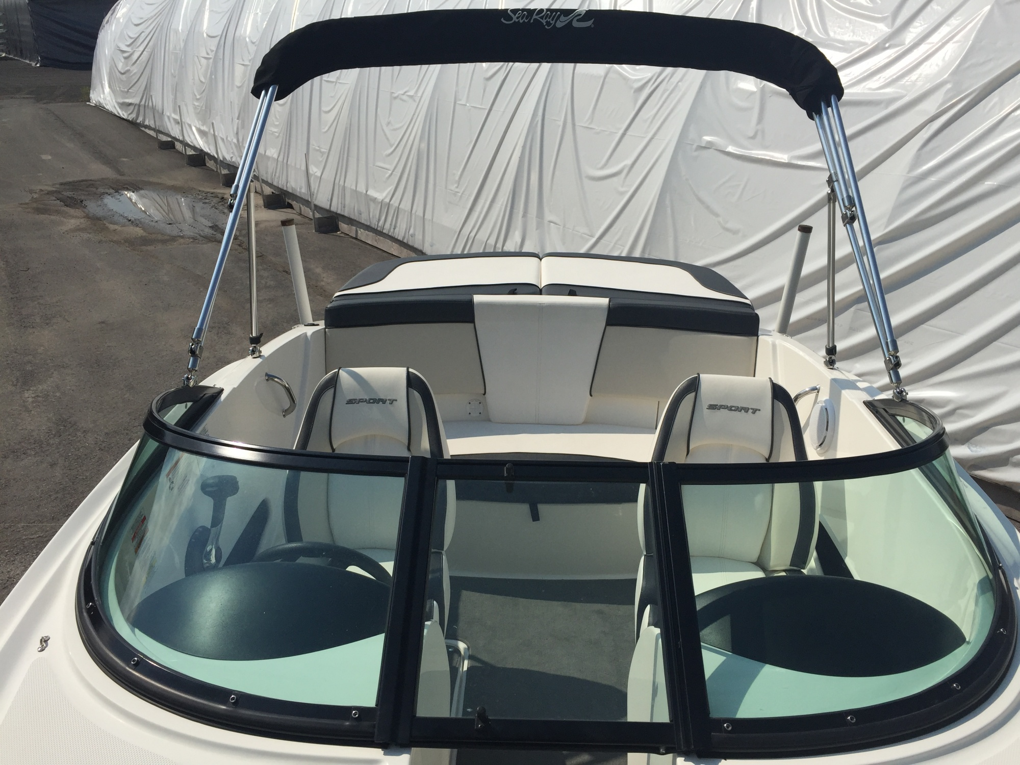 Sea Ray 185 SP SRV34 - STOCK 26147-A Bateau Sea ray 2012 Blanc (12)