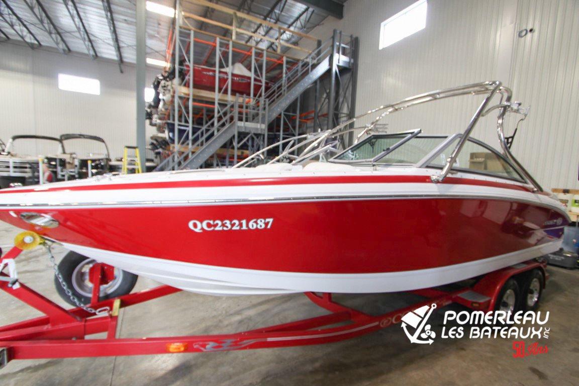 Cobalt Boats 222 - Cobalt222edit-2051