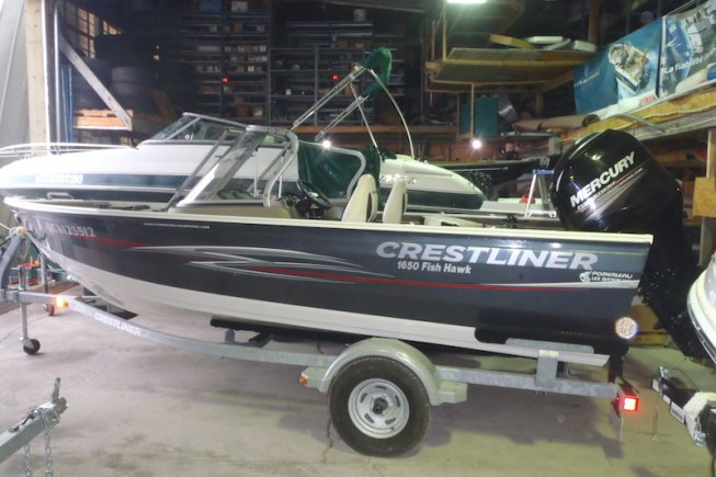 Crestliner 1650 Fish Hawk WT Hawk WT