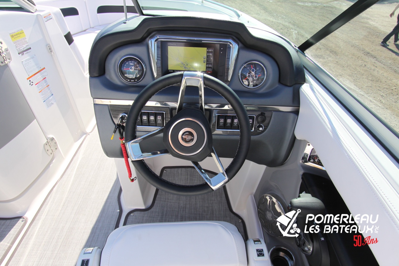 Chaparral 246 SSI - IMG_2134