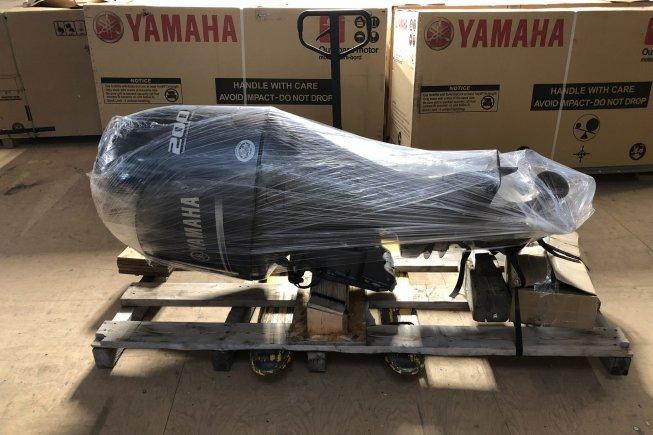 Yamaha 200 HP 4 Temps EFI