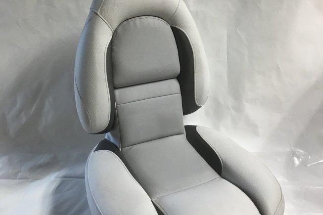 Crestliner Seat