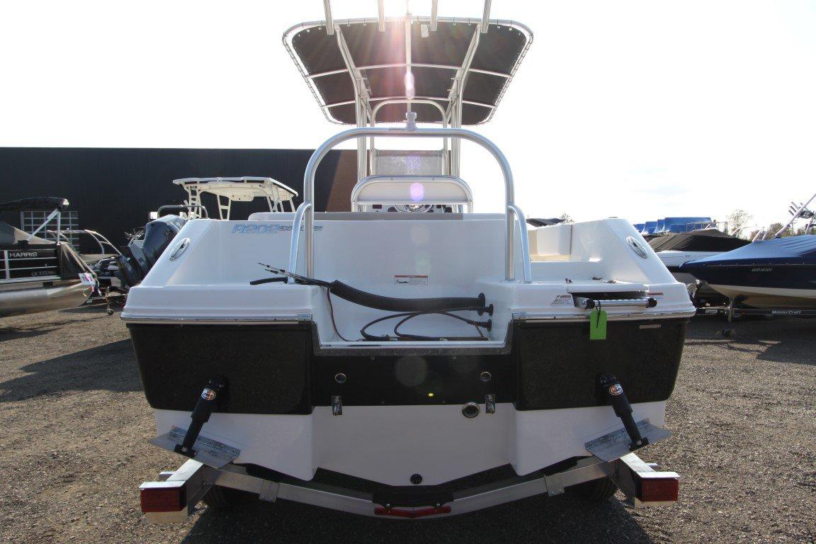 Robalo Explorer R202 - IMG_7680