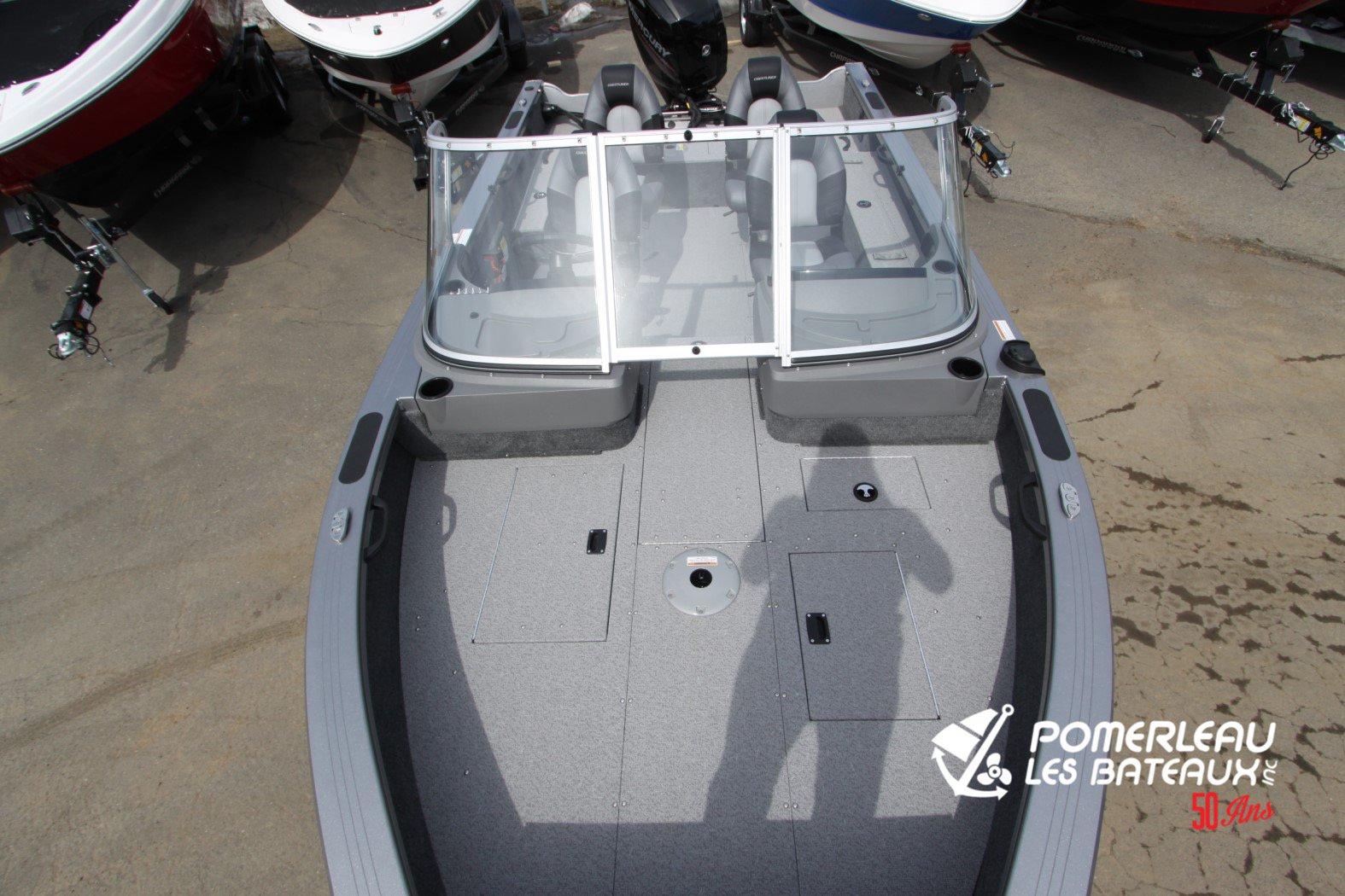 Crestliner Fish Hawk 1850 Platinum - IMG_2288