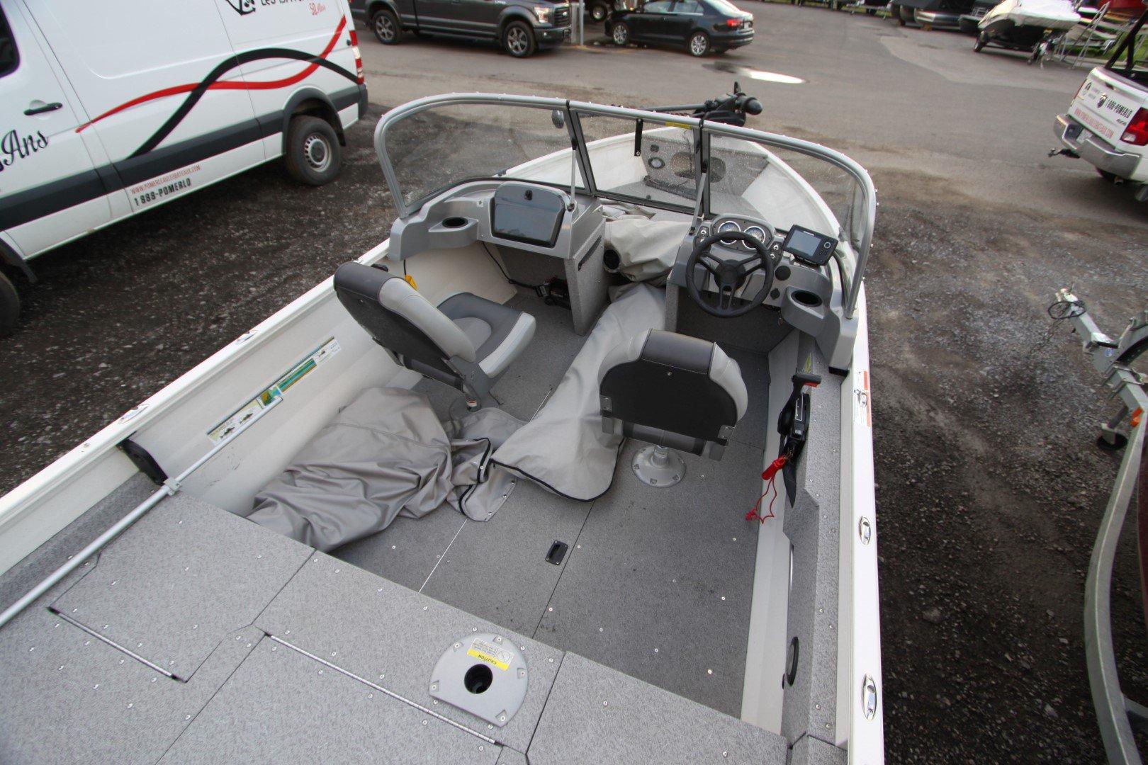 Crestliner Vision 16 - IMG_6426