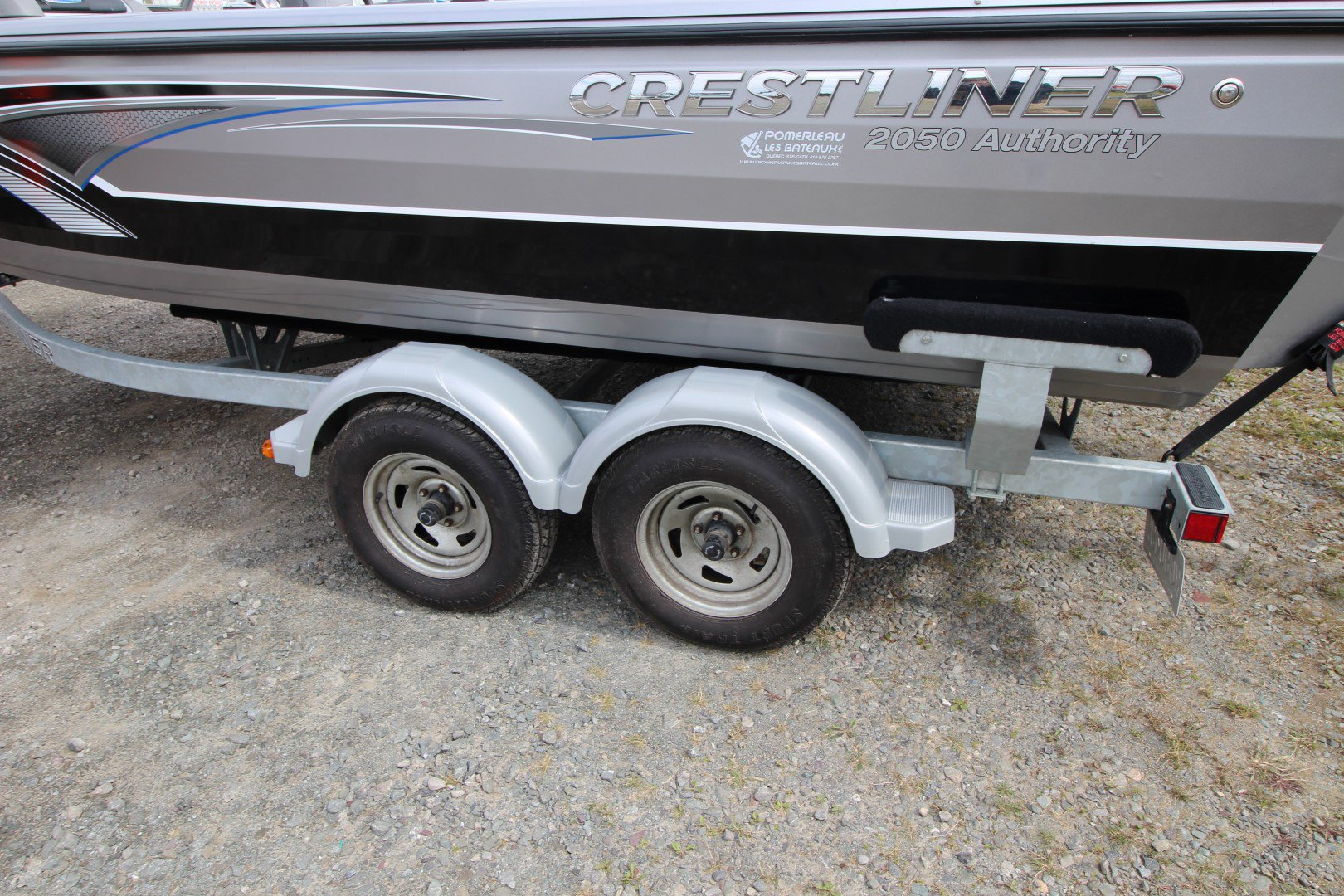 Crestliner Authority 2050 - IMG_1790