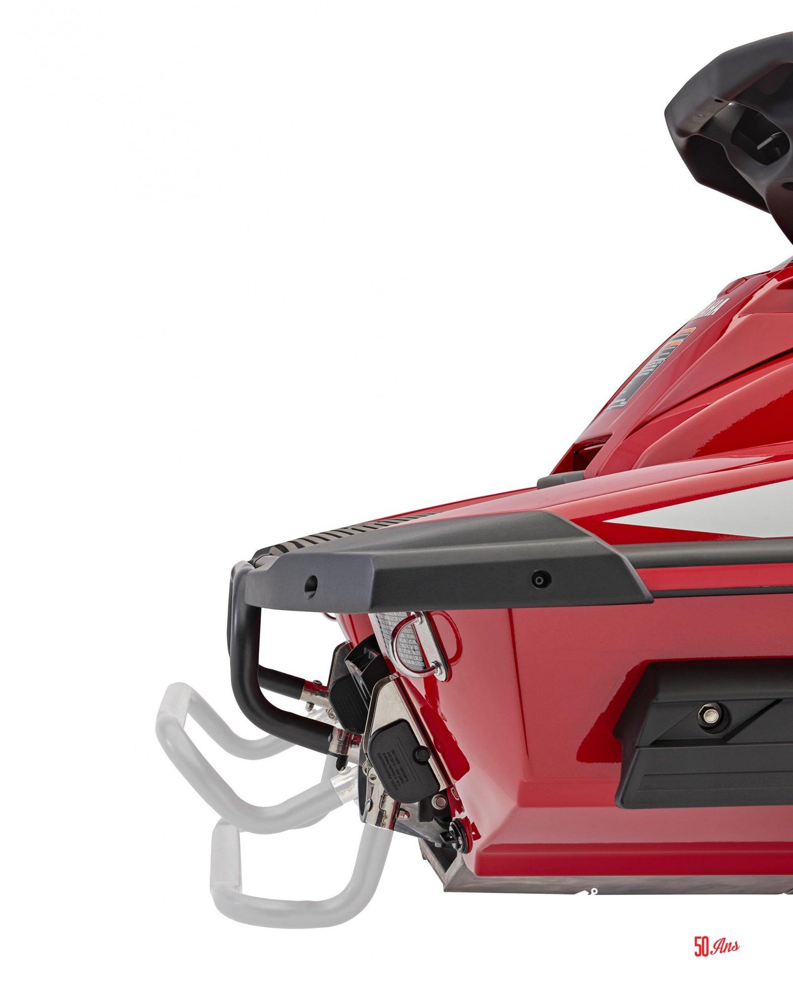 Yamaha FX SVHO - 2018-FX-SVHO-Red-Reboarding-Step-1_l