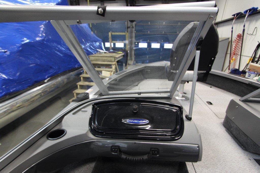 Crestliner Fishhawk 1750 Platinum - IMG_0273 [1024x768]