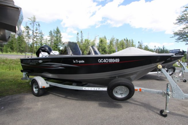 Crestliner Fishhawk 1650 DC